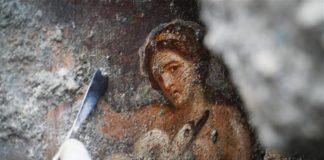 Leda cigno Zeus Pompei
