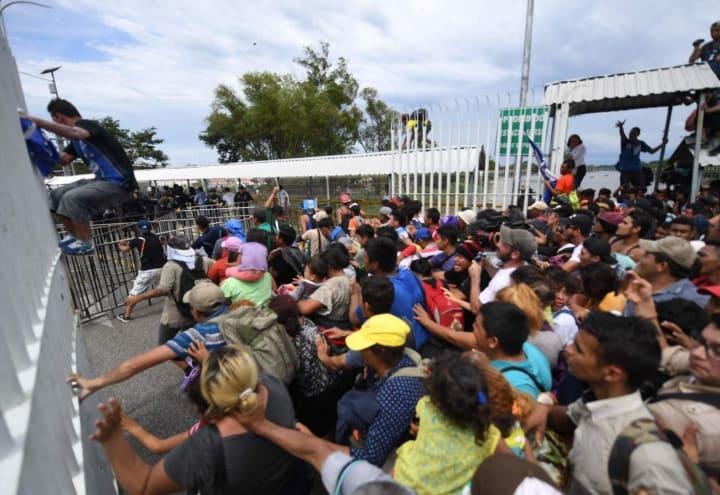 Trump forza letale carovana immigrati