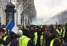parigi gilet gialli rivolta reportage video