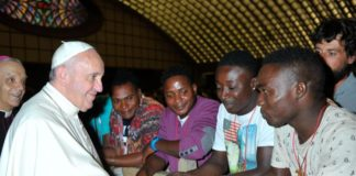 papa francesco pro migranti