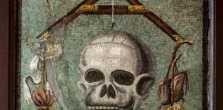 un mosaico a Pompei, i Parentalia erano festività in ricordo dei defunti