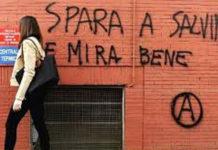 Scritta contro Salvini