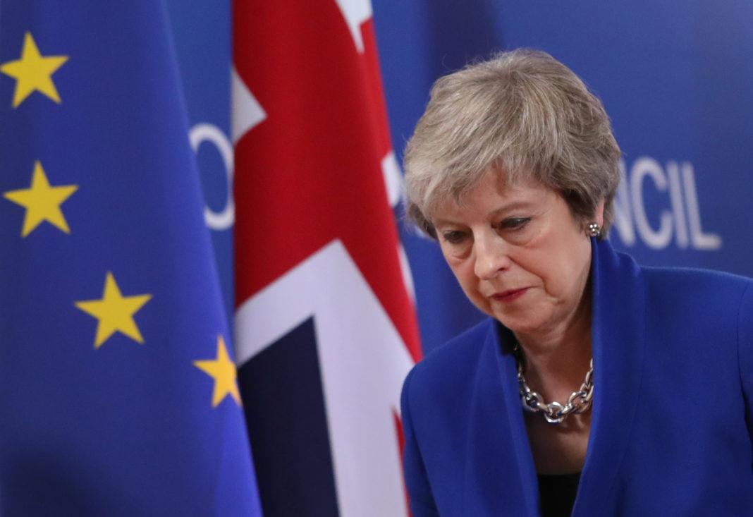 Il premier britannico Theresa May