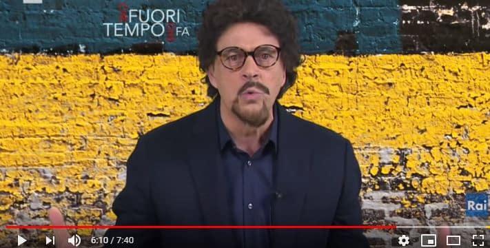 Maurizio Crozza imita Danilo Toninelli