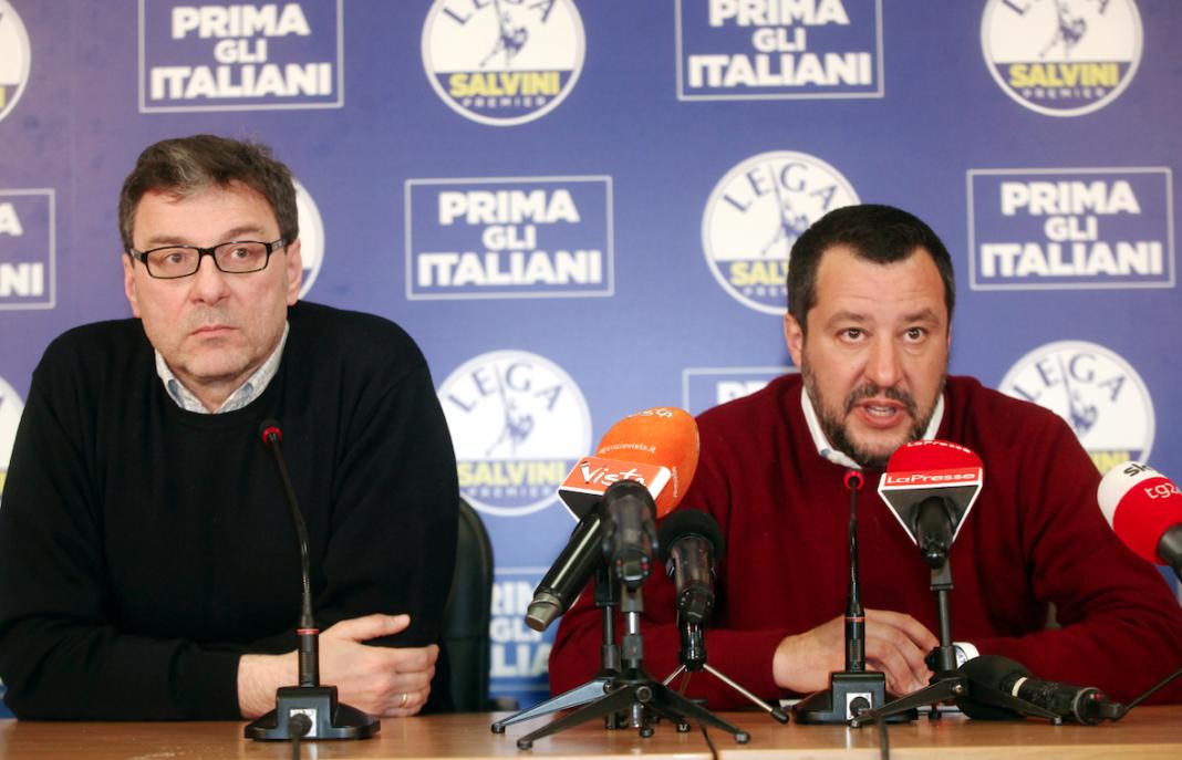 Il vicepremier Salvini insieme al sottosegretario Giorgetti