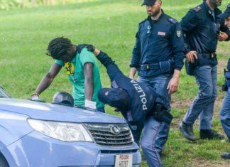 immigrato arrestato da polizia al parco del valentino
