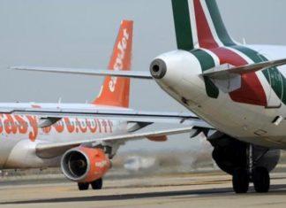 La compagnia low cost britannica easyJet esce dall'affare Alitalia