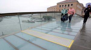 ponte calatrava venezia brutture