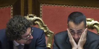 Il ministro Toninelli e il vicepremier Di Maio