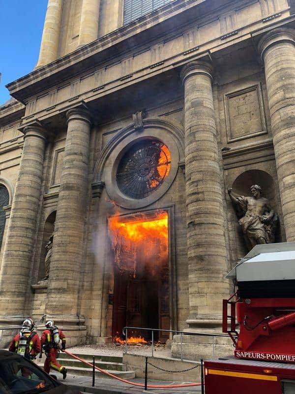 saint-sulpice incendio