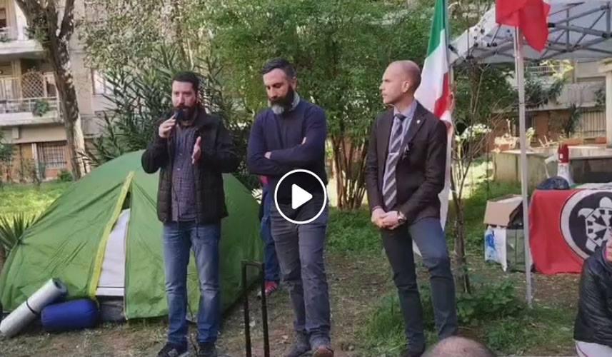 Il segretario nazionale di CasaPound Italia Simone Di Stefano