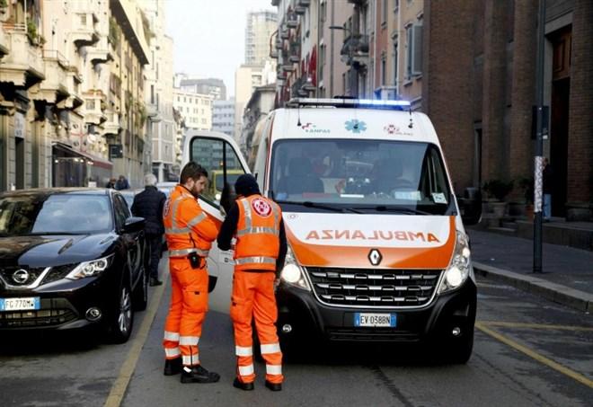 ambulanza a napoli