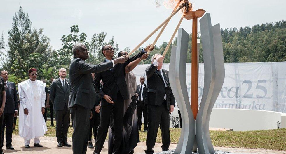 juncker da fuoco alla first lady del ruanda