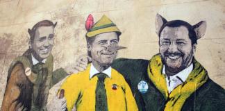 Murales ironico su Salvini, Conte e Di Maio