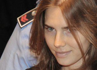 Amanda Knox festeggia Italia condannata a risarcirla per danni morali