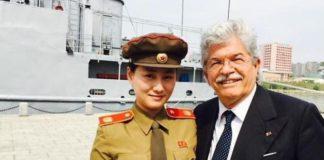 """""""Vacanze in Nord Corea"""": Razzi, imperdibile proposta ai fan"""
