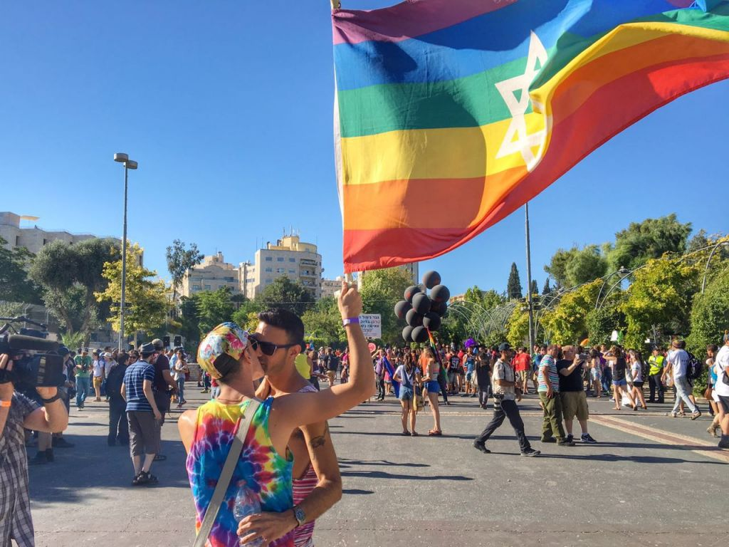 Gerusalemme, gay pride e tensione alle stelle: arrestati 17