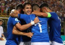 Italia U21 festeggia gol di Chiesa