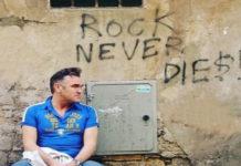 """Morrissey ancora tra le polemiche: """"Tutti preferiscono la propria razza"""""""