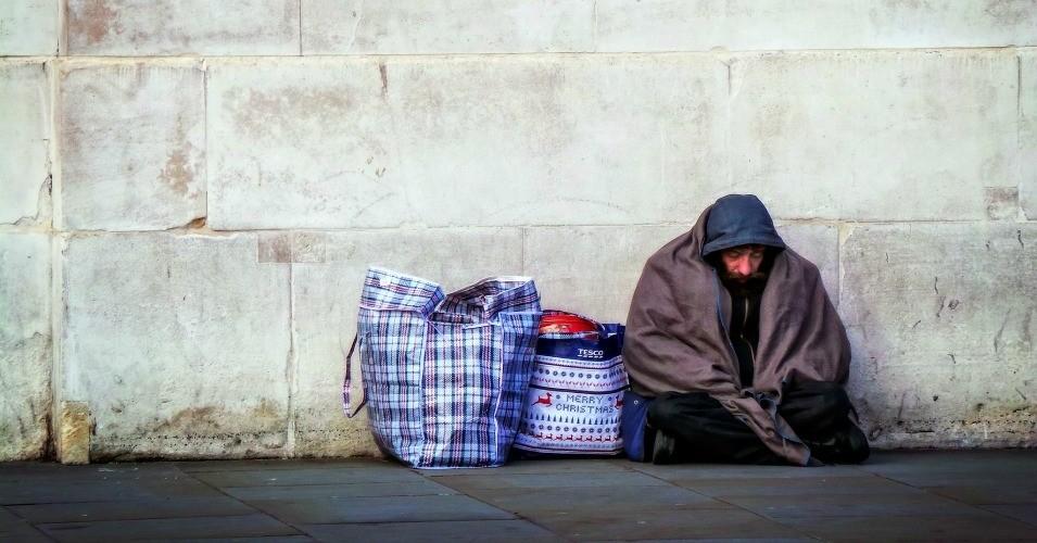 Napoli, accusato di truffa da 50 milioni: ma è un senzatetto