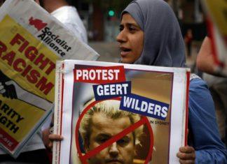 """Olanda, allarme xenofobia: """"Politici razzisti e immigrati discriminati"""""""