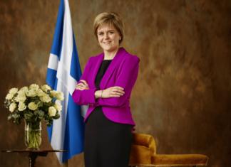 Scozia, la premier Sturgeon vuole nuovo referendum su indipendenza