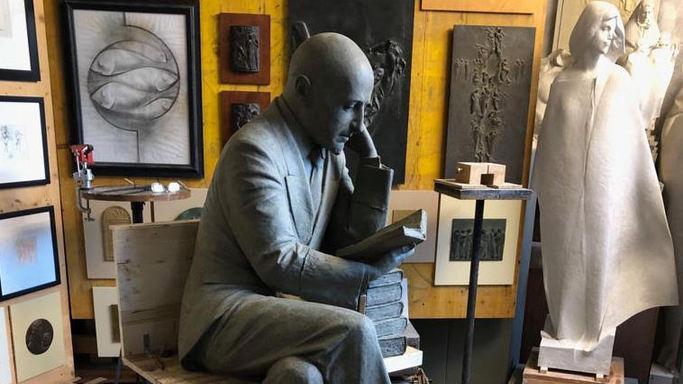 Trieste, petizione contro statua a D'Annunzio: