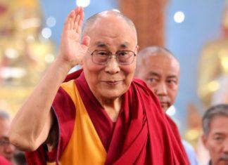 dalai lama, saluto
