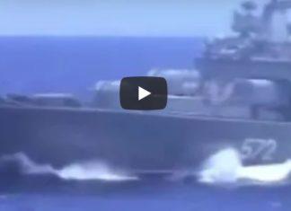 navi russe e usa sfiorano collisione