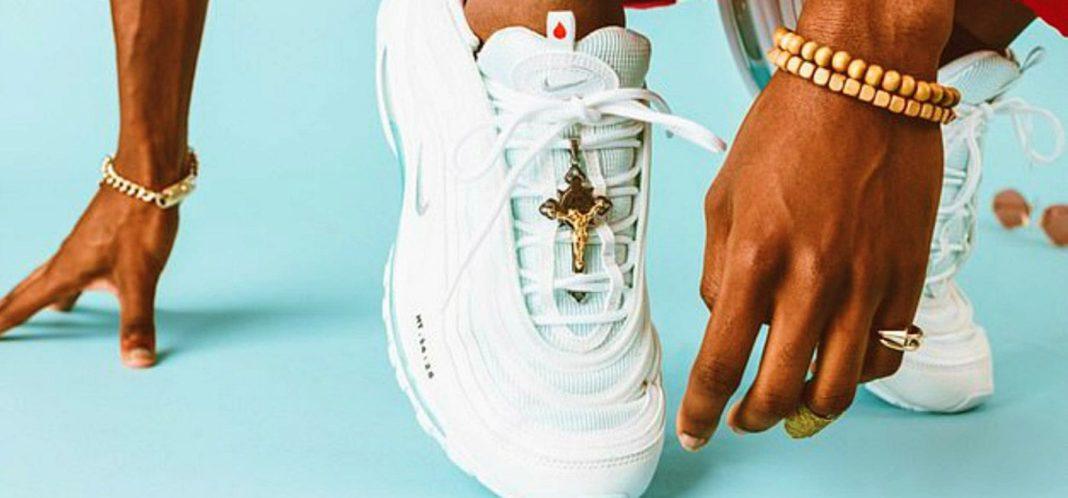 jesus shoes, scarpe da ginnastica