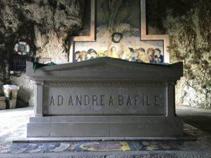 andrea bafile sepoltura