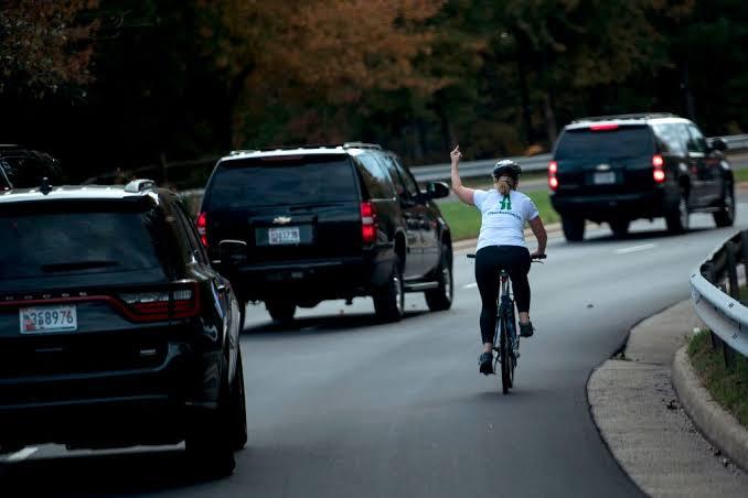 ciclista, anti trump