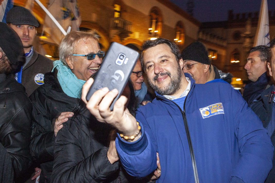 Salvini, selfie