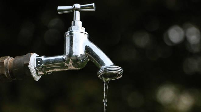 acqua bene pubblico
