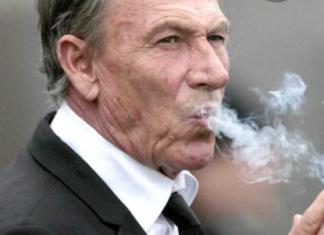 Zeman che fuma