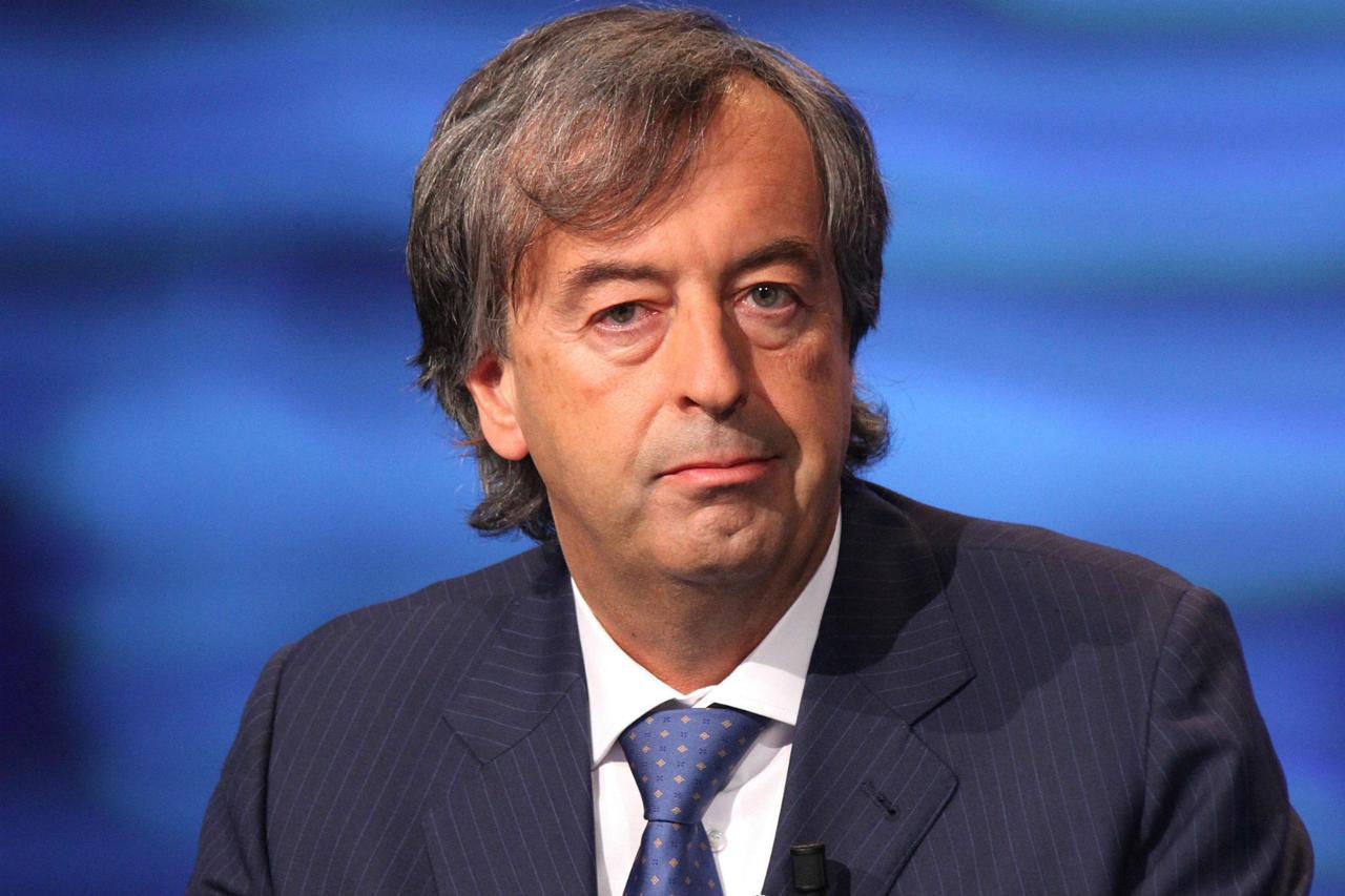 """Burioni espatria: """"Se costretti a chiudere per colpa dei no-vax me ne vado in Francia"""""""