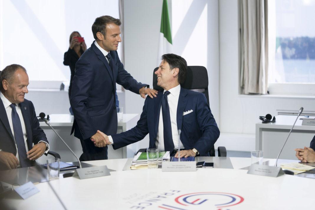 Macron, con Giuseppe Conte