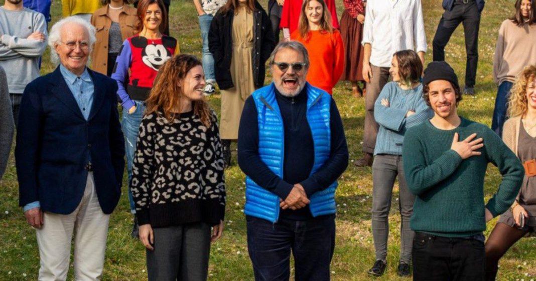 Oliviero Toscani con le Sardine e Benetton