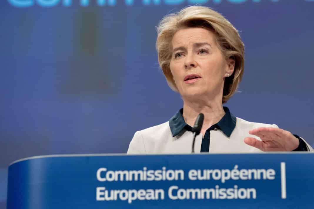 Usurla von der Leyen, presidente Commissione Europea