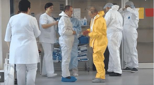 Putin visita malati di coronavirus