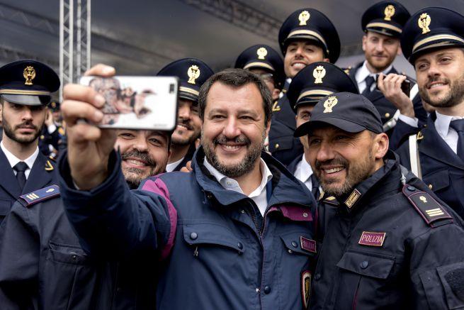 Salvini poliziotto affetto da coronavirus