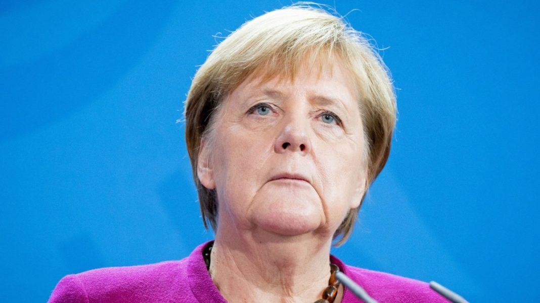Lo Spiegel contro la Merkel