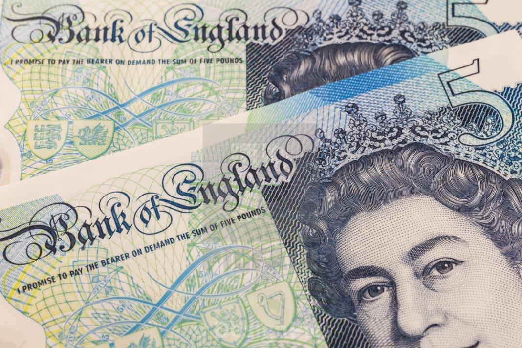 banca d'inghilterra stampa moneta