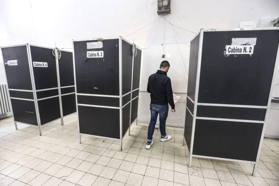 elezioni, al voto