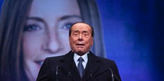 antisovranismo Berlusconi mes troika centrodestra