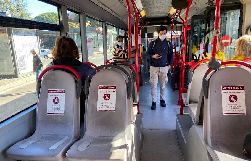 autobus aggressione