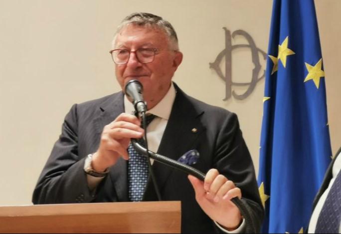 Il virologo Giulio Tarro e l'estate col coronavirus