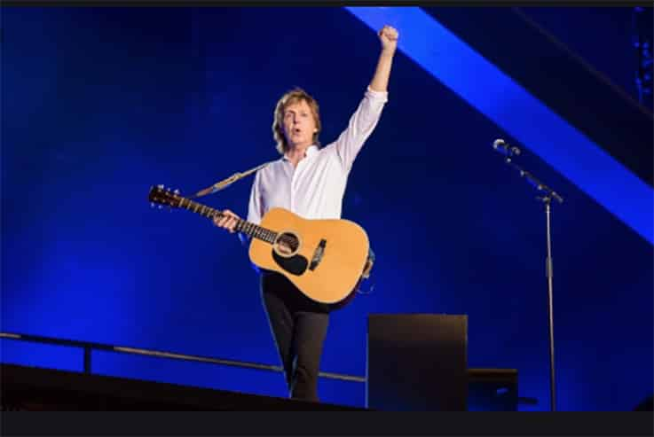 Paul Mc Cartney si schiera con i fan italiani
