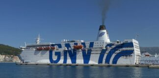 Lampedusa, nave
