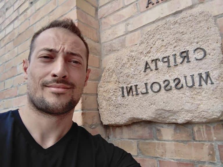 Lega antifascista Pd Toscana sospende consigliere
